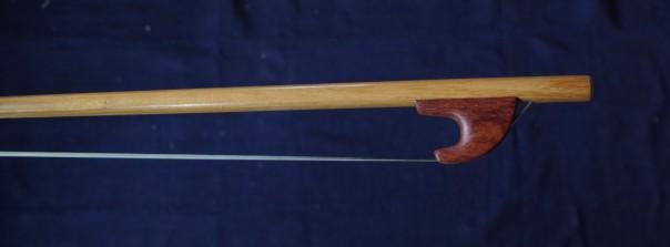 Violone bow 52